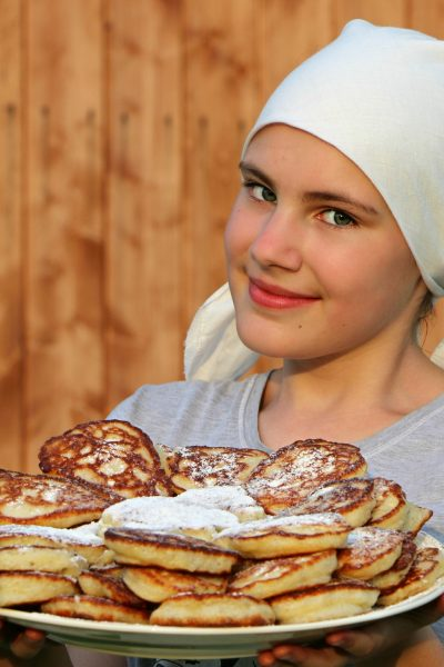 pancakes-cook-cakes-hash-browns-160703